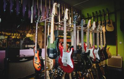 Obr. pro web rádia-HS-odděl. pro kytaristy